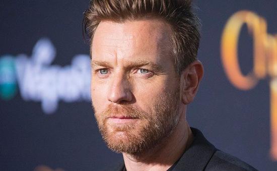 """Ngôi sao """"Star Wars"""" McGregor cố hàn gắn với các con sau scandal ngoại tình"""