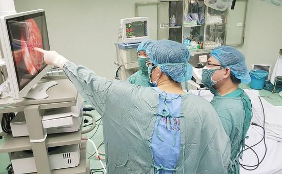Phẫu thuật u não tuyến yên qua nội soi đường mũi