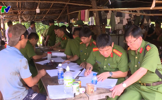 Vụ bắt giữ gỗ lậu tại Đắk Nông: Khởi tố Đội trưởng Kiểm lâm cơ động