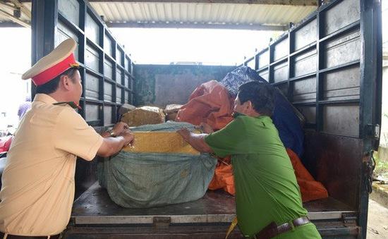 Phát hiện 840kg sụn gà không rõ nguồn gốc