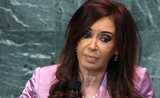 Cảnh sát Argentina khám xét nhà của cựu Tổng thống Fernandez