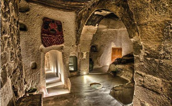 """Trở về """"thời tiền sử"""" tại 7 khách sạn hang động độc và lạ nhất hành tinh"""