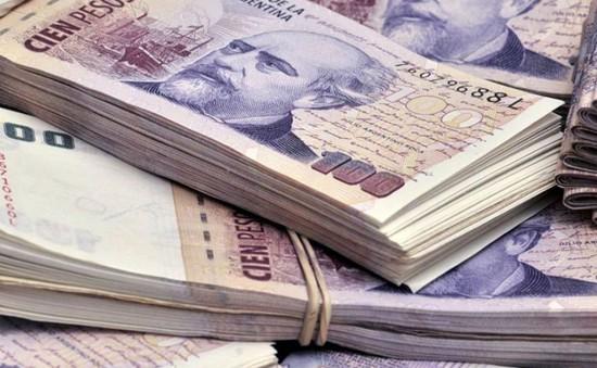 Đồng Peso của Argentina tiếp tục lao dốc