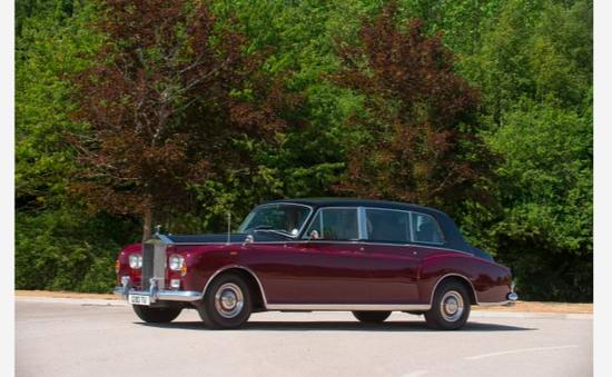 Hoàng gia Anh đấu giá 8 chiếc Rolls-Royce