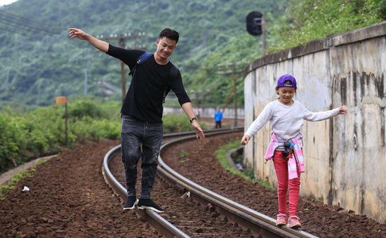 Đằng sau nguyện vọng dành 24h cho con là câu chuyện đáng suy ngẫm của diễn viên Tiên Lộc