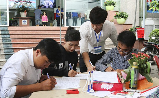 Các trường đại học ở Cần Thơ bắt đầu xác nhận nhập học