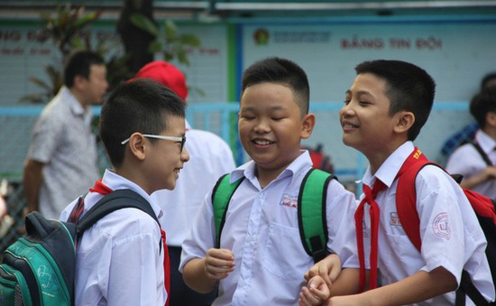 TP.HCM: Học sinh tiểu học chỉ dùng tối đa 4 cuốn vở