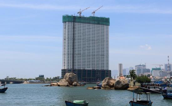 Mường Thanh Khánh Hòa đang tháo dỡ 3 tầng xây vượt