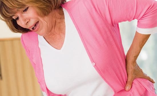 Phụ nữ trên 50 tuổi có nguy cơ gãy xương hông cao