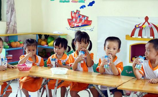 Hơn 47.000 trẻ em Đà Nẵng được hỗ trợ uống sữa tại trường