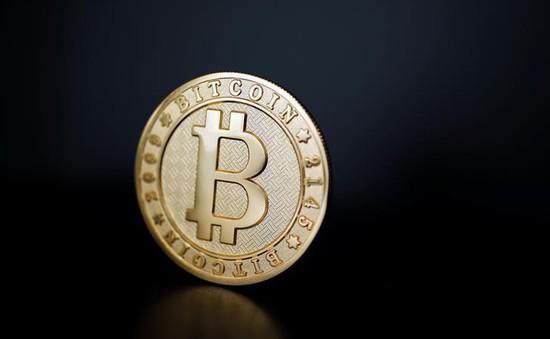"""Bitcoin rớt giá mạnh, """"cố thủ"""" quanh mốc 6.000 USD"""