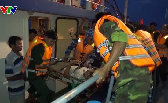 Quảng Trị cứu ngư dân gặp nạn trên biển
