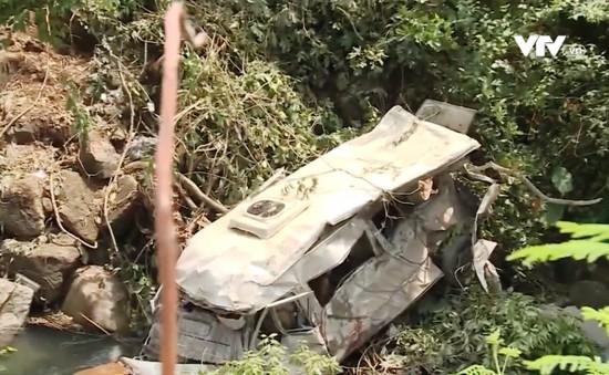 Bài học sau vụ tai nạn xe bồn đâm xe khách tại Lai Châu