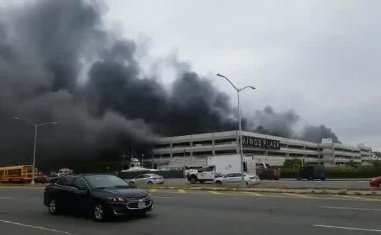 Cháy lớn tại siêu thị Kings Plaza ở Brooklyn, Mỹ