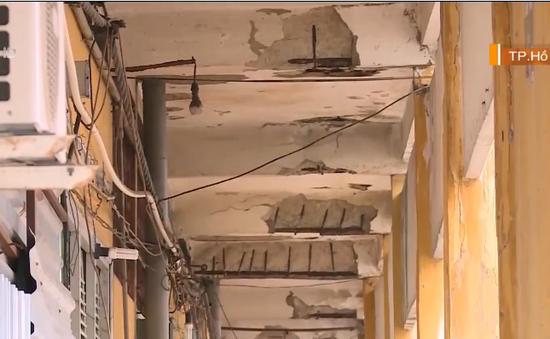 TP.HCM: Nhiều chung cư cũ thuộc diện nguy hiểm
