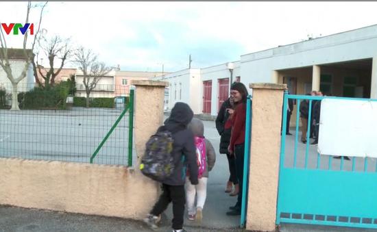 Bộ Giáo dục Pháp cắt giảm nhân viên