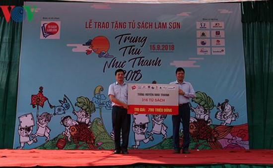 Tặng hơn 300 tủ sách cho học sinh Thanh Hóa dịp Tết Trung thu