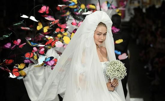 Gigi Hadid làm cô dâu xinh đẹp