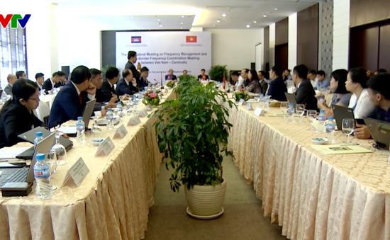 Đẩy mạnh phối hợp quản lý tần số vùng biên Việt Nam và Campuchia