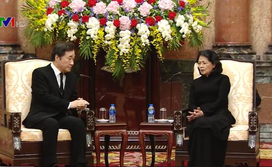 Quyền Chủ tịch nước Đặng Thị Ngọc Thịnh tiếp Thủ tướng Hàn Quốc