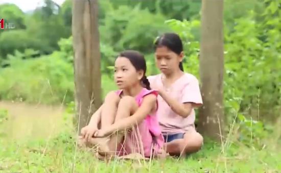 Cặp lá yêu thương: Nhà có hai cô con gái