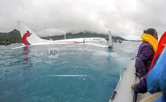 Bảo hộ công dân Việt Nam trong vụ tai nạn máy bay ở Micronesia