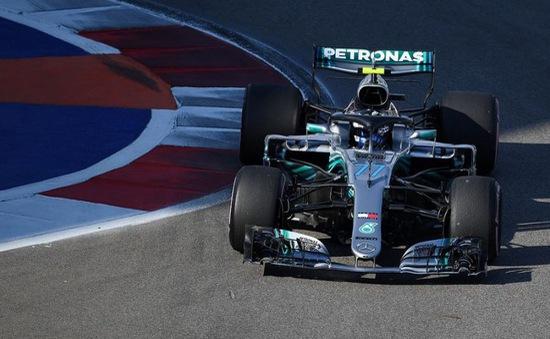 Đua xe F1: Vượt qua Lewis Hamilton, Valterri Bottas giành pole tại chặng đua Sochi