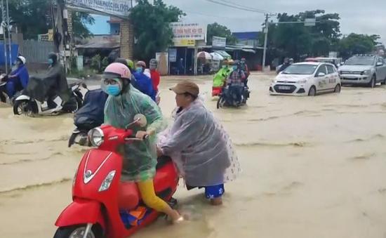 Quốc lộ 51 ngập nặng sau mưa lớn