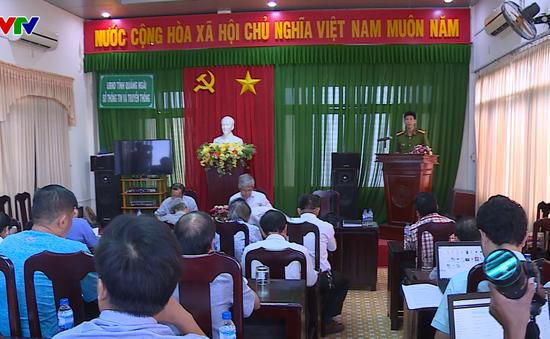 Quảng Ngãi họp báo thông tin vụ chặn quốc lộ phản đối nhà máy rác