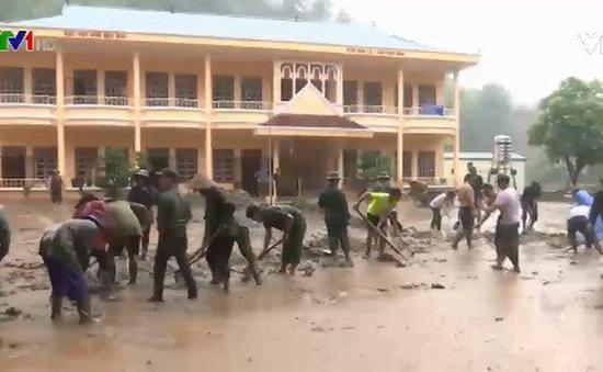 Các trường học vùng lũ Sơn La khó khăn sau lũ