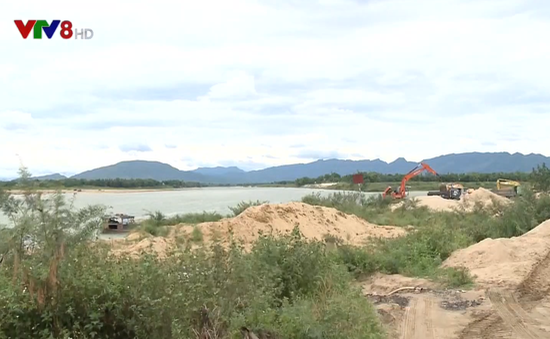 Quảng Nam siết chặt quản lý khai thác cát, sỏi trước mùa mưa bão