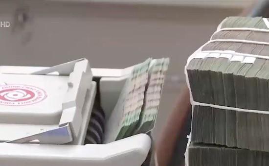 Các ngân hàng có vốn Nhà nước bắt đầu tăng lãi suất huy động