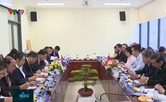 Tăng cường hợp tác trong công tác mặt trận giữa TP.HCM và Lào
