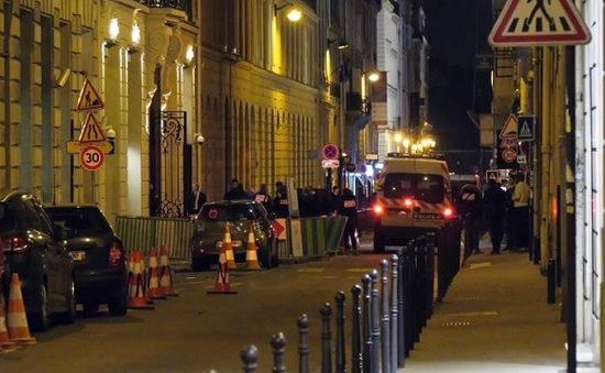 Thu lại số nữ trang trong vụ cướp tại Paris