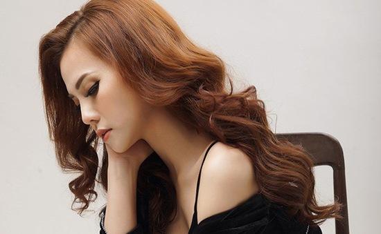 Gác lại chuyện buồn ly hôn, Thu Thủy ra mắt bài hát mới