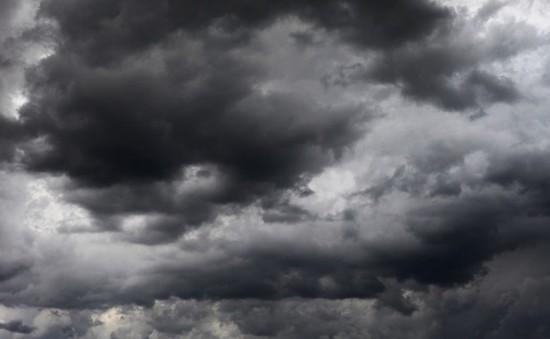 Bão Carmen gây mất điện diện rộng ở Pháp