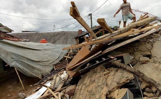 Động đất mạnh tại Indonesia, 8 người bị thương, khoảng 130 tòa nhà bị hư hại
