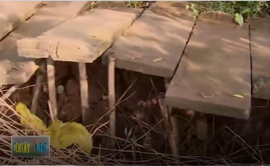 Chậm khắc phục đường nông thôn thiết yếu bị sạt lở tại Vĩnh Long