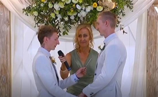 Xúc động đám cưới của các cặp đôi đồng tính tại Australia