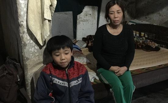 Cuộc sống tạm bợ của gia đình bé trai mắc bệnh tim bẩm sinh