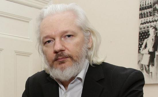 Anh bác quy chế cho nhà sáng lập WikiLeaks