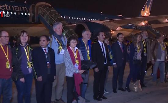 Khách quốc tế đầu tiên đến Hà Nội năm 2018 mang quốc tịch Pháp
