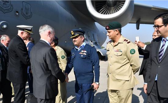 Pakistan ngừng hợp tác quân sự và tình báo với Mỹ