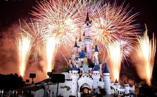 Hàng triệu người dân châu Âu chiêm ngưỡng những màn pháo hoa đặc sắc