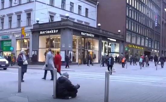 Một năm thí điểm trả thu nhập cơ bản tại Phần Lan: Người dân tích cực hơn khi tìm việc làm mới