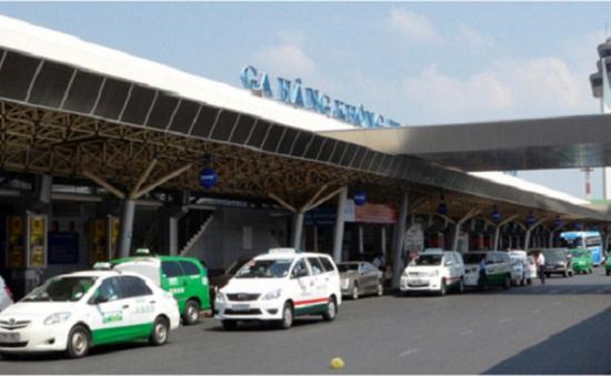 21 cảng hàng không thu phí xe đón trả khách sân bay sai quy định