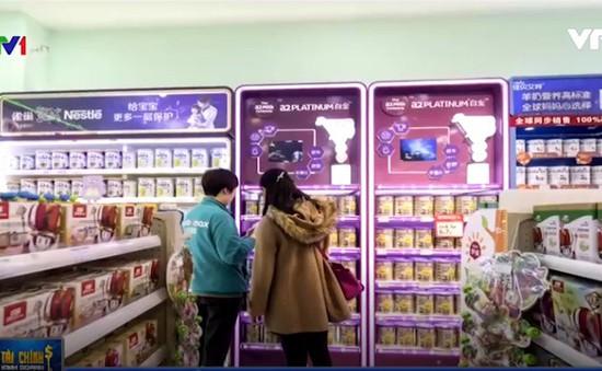 Trung Quốc bỏ 1.400 sản phẩm sữa công thức khỏi các cửa hàng