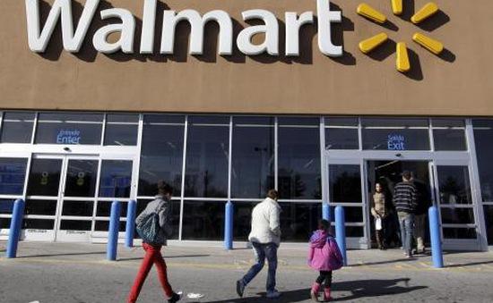 Walmart tăng lương cho nhân viên nhờ hưởng lợi từ chính sách thuế mới