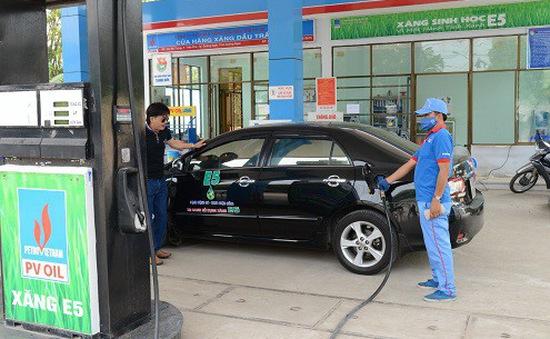 Các DN ĐBSCL kiến nghị giảm giá xăng E5 để kích cầu tiêu dùng