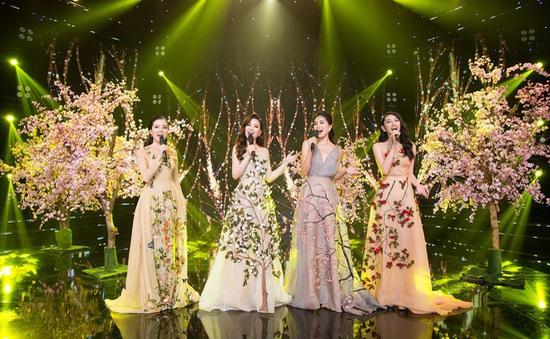 Hoa hậu Tiểu Vy khoe giọng hát chào đón năm mới 2019